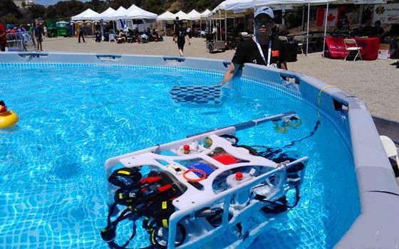 哈工程團隊衛冕國際水下機器人大賽冠軍