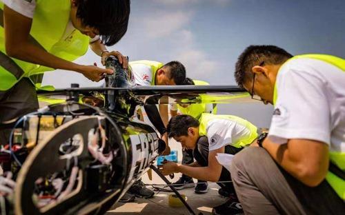 北航學子用無人機世界紀錄獻禮國慶