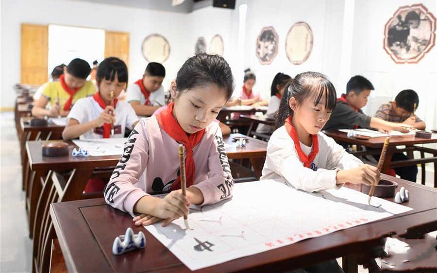 浙江湖州:非遺活態傳承館助力保護湖筆製作技藝