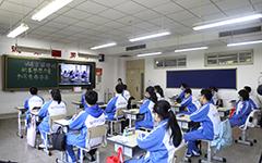 特别报道:天津市初高三学生重返校园 复课工作平稳有序