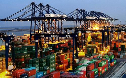 4月份中国外贸出口增长8.2%
