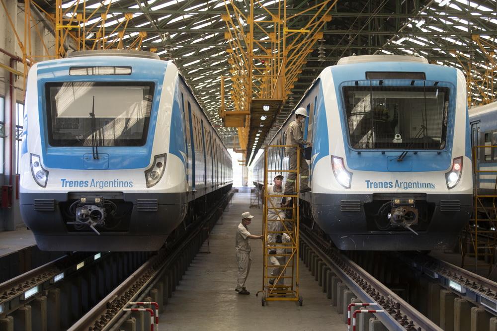 疫情下中国技术人员保障阿根廷城际铁路正常运营