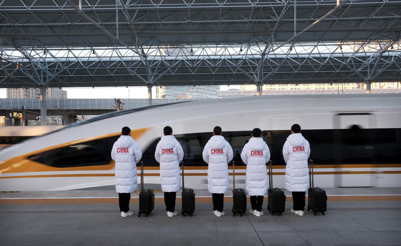 """京张高铁""""雪之梦""""伴您圆梦冰雪之旅"""