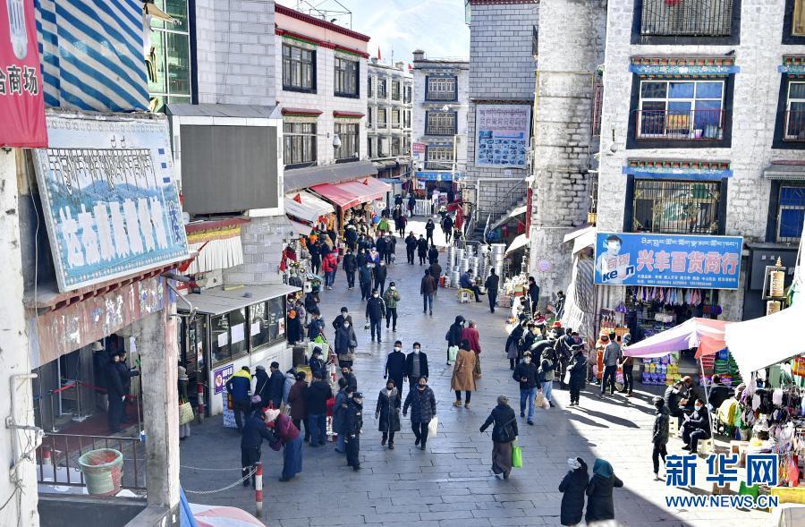 這五年,西藏居民每人平均可支配收入增長77.4%